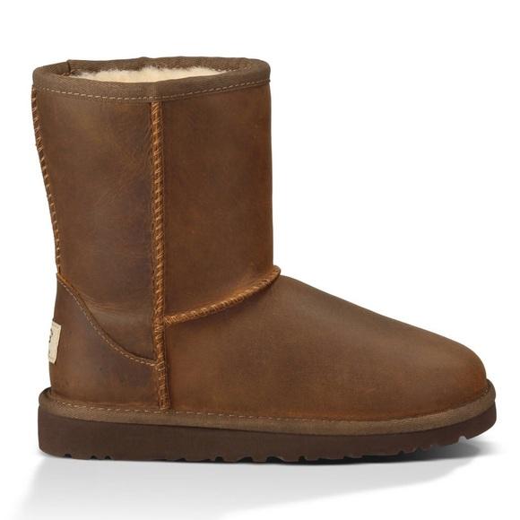 6a550717d63 UGG 1006032k Kids Classic Short Leather Boots sz 1